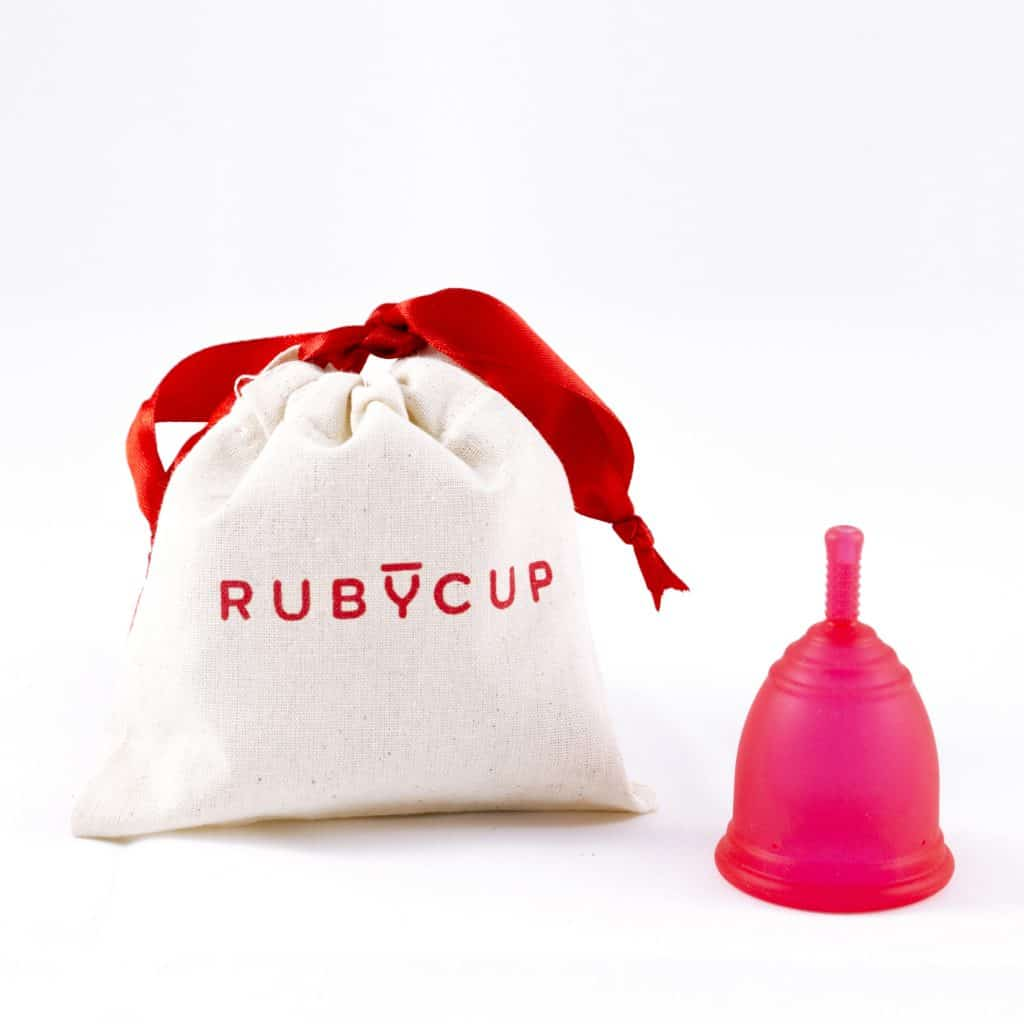 Ruby cup with cotton pouch